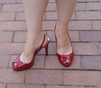 red peep toe.jpg